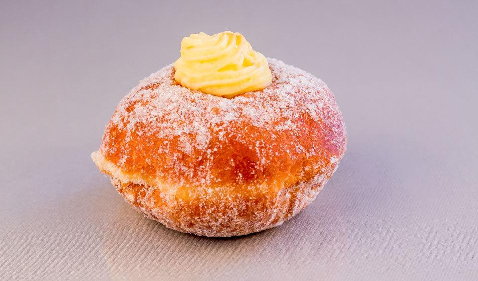 custard-doughnut